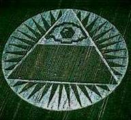 crop-c-pyramide-illuminati-1.jpg